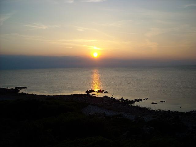 sunset-1051748_640